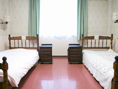 2人部屋(8号・10号・11号)